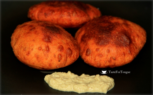 Mangalore Buns/Deep fried banana buns