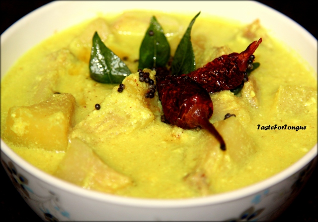 Deevi Halasu Majjige Huli/Breadfruit Curry